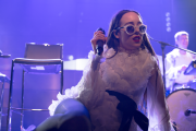 Allie X @ Phi Center 2015 - 10